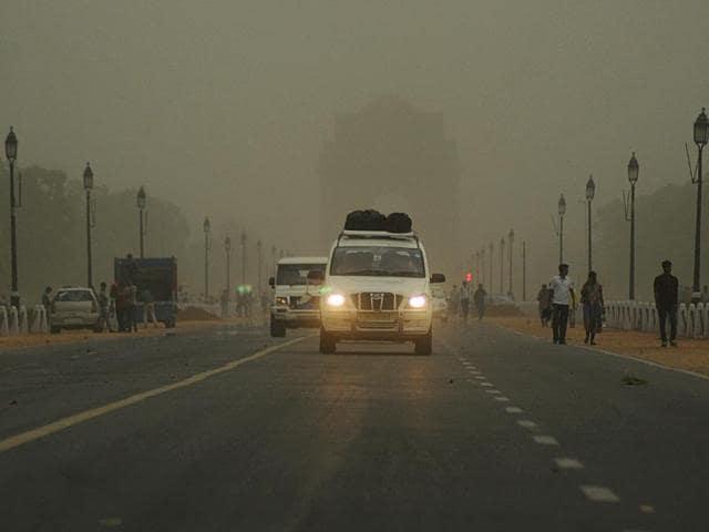 Showers,Heat wave,Dust storm