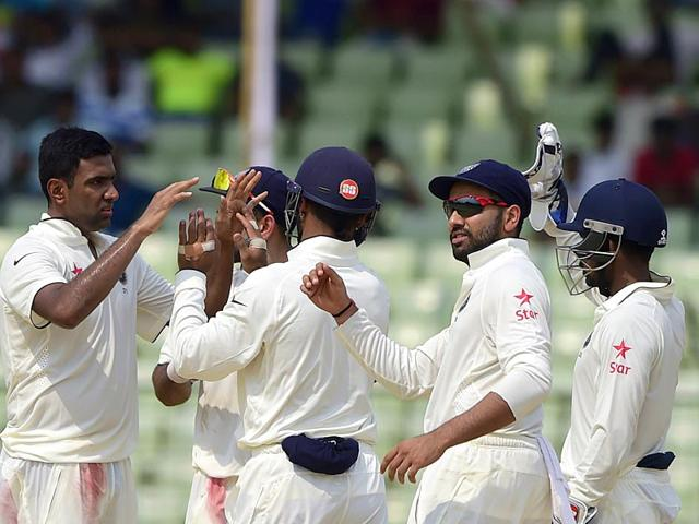 Ravichandran-Ashwin-L-celebrates-with-his-teammates-after-dismissing-a-Bangladesh-batsman-during-the-Test-match-between-Bangladesh-and-India-at-Fatullah-on-June-14-2015-AFP-Photo