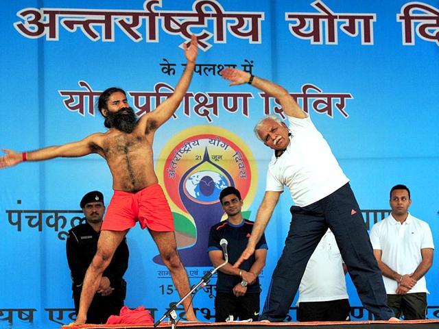 Manohar Lal Khattar,Patanjali Yogpeeth,Ramdev