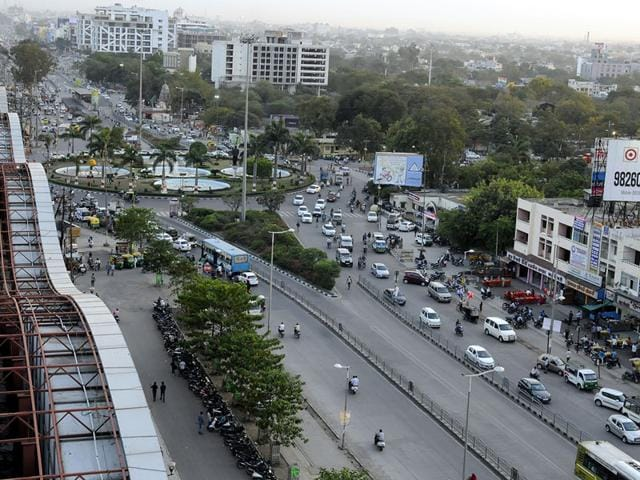 A-view-of-traffic-jam-and-an-under-construction-flyover-at-Vijay-Nagar-square-in-Indore-HT-file-photo
