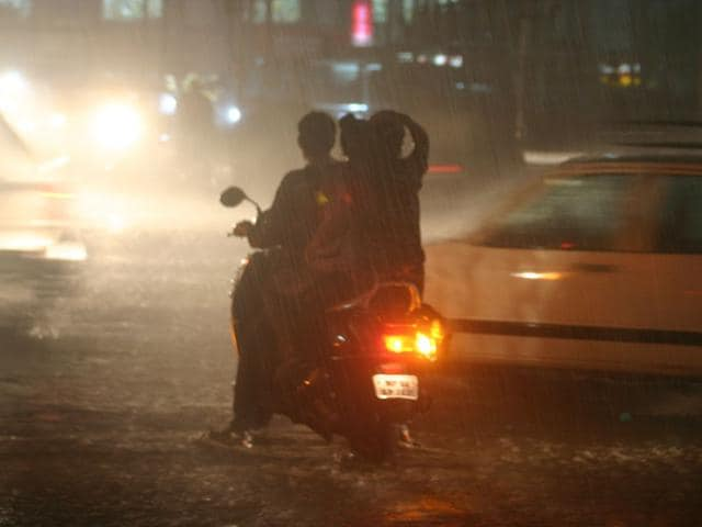 pre-monsoon showers,south west monsoon,rains hit Bhopal