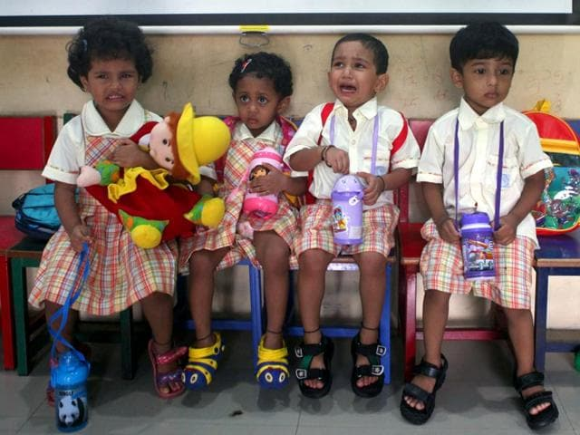 Tiny-tots-with-confused-scared-and-teary-eyed-looks-were-spotted-at-Sane-Guruji-English-Medium-High-School-in-Dadar-on-the-first-day-of-school-Kunal-Patil-HT-photo