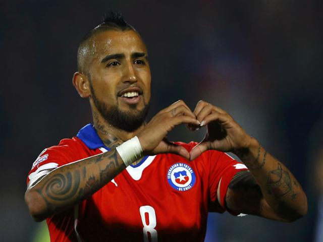 Chile-s-Arturo-Vidal-celebrates-after-scoring-on-a-penalty-kick-against-Ecuador-during-the-opening-match-of-the-Copa-America-2015-soccer-tournament-in-the-National-Stadium-in-Santiago-Chile-on-June-11-2015-Reuters-Photo