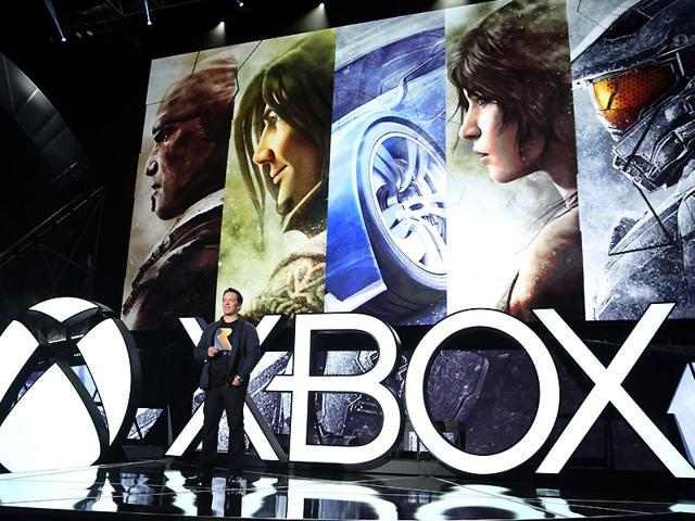 Phil-Spencer-Head-of-Xbox-closes-out-the-Xbox-2015-E3-Briefing-at-the-Xbox-E3-2015-Briefing-in-Los-Angeles-Photo-AP-Casey-Rodgers