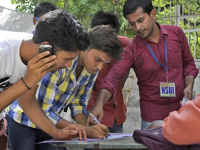DU second cut-offs,'Delhi university,DU admissions