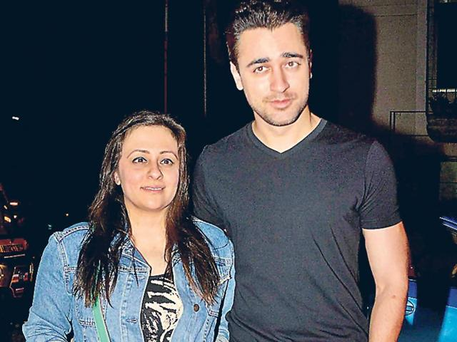Imran-Khan-was-seen-with-wife-Avantika-at-an-event-in-Mumbai-Photo-Yogen-Shah
