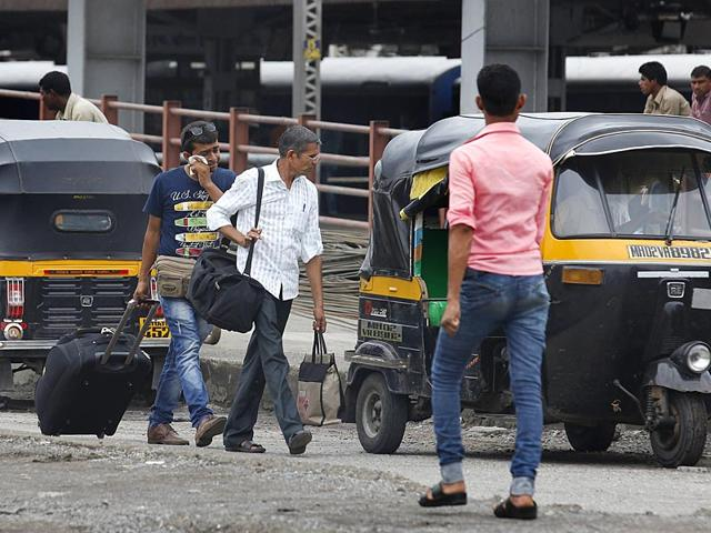 People-wait-for-taxi-outside-Bandra-Terminus-railway-station-as-auto-rickshaws-and-taxi-drivers-attached-with-Swabhiman-Union-go-on-a-day-long-strike-in-Mumbai-Vijayanand-Gupta-HT-Photo
