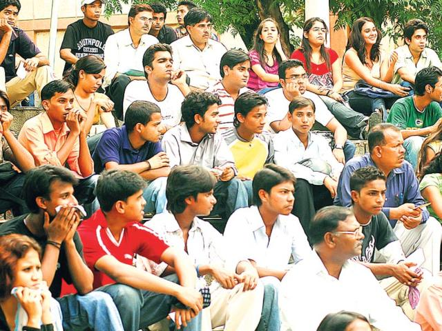 As-many-as-60-commerce-students-studying-in-DU-who-opt-for-campus-placements-are-directly-absorbed-by-corporates