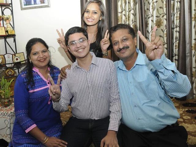 Himanshu-Gupta-with-his-family-in-Chandigarh-Gurpreet-Singh-HT