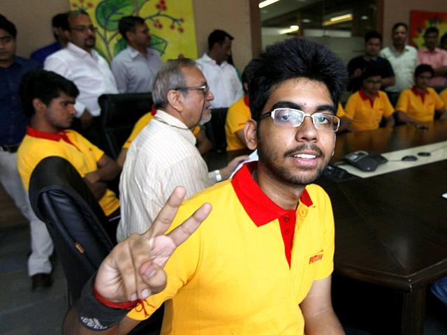 Anjishnu-Bose-who-topped-the-IIT-JEE-entrance-exams-in-Delhi-says-he-is-not-intent-on-joining-any-IIT-or-pursue-engineering-He-wants-to-study-BSc-at-the-Indian-Institute-of-Science-Bangalore-HT-Photo-Raj-K-Raj
