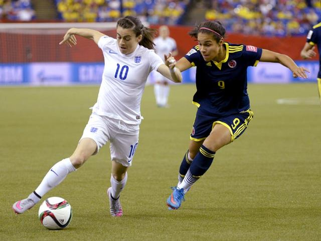 Colombia-s-Orianica-Velasquez-right-chases-England-s-Karen-Carney-as-she-dribbles-down-the-field-during-the-first-half-of-the-Fifa-Women-s-World-Cup-soccer-match-on-June-17-2015-in-Montreal-Canada-AP-Photo