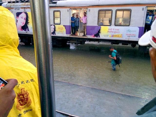 Waterlogging is a problem to the thousands of commuters who use the local trains (Photo from @schhmuck)