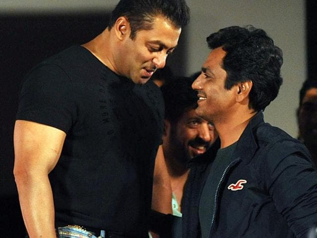 Salman Khan was seen doing push-ups on the set of a TV show. Nawazuddin Siddiqui played the witness to his exercise. (Photo: Yogen Shah)