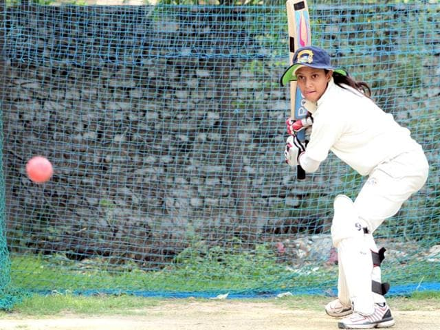 Taniya-Bhatia-during-a-practice-session-at-GNPS-36-HT-Photo