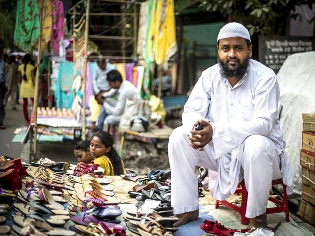 For-Gufran-Attari-who-sells-women-s-footwear-in-Trilokpuri-yoga-is-an-excellent-form-of-exercise-but-political-agendas-should-be-kept-out-of-it-Abhishek-Saha-HT-Photo