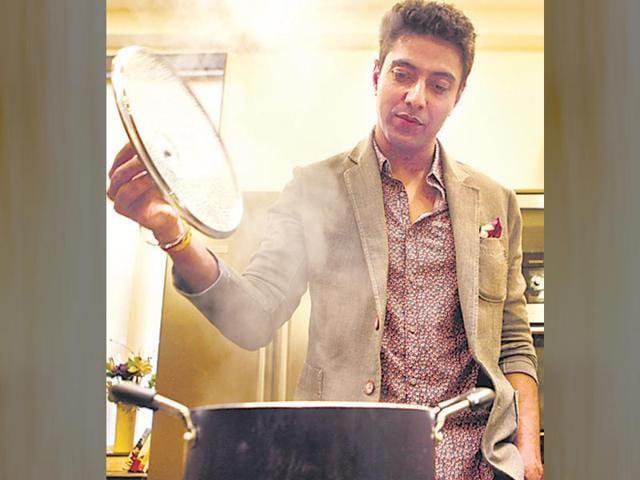 Chef-Ranveer-Brar-Vidya-Subramanian-HT-location-apb-cook-studio