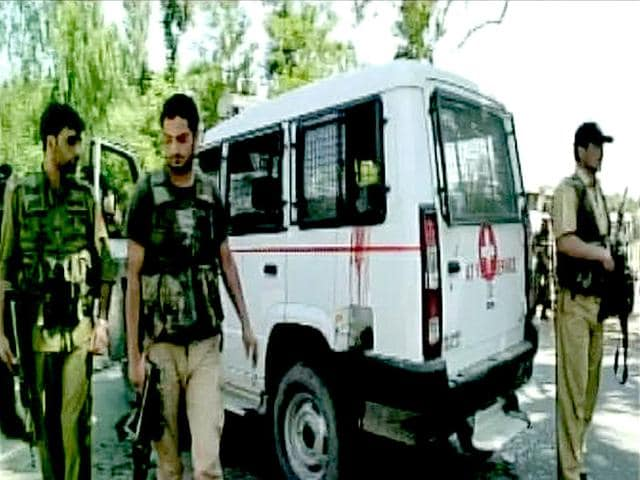 A-Pakistani-prisoner-was-killed-in-a-militant-attack-on-a-police-vehicle-in-Sopore-ANI-Photo