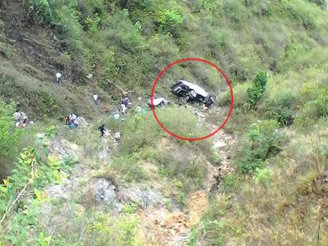 At-least-14-people-died-after-a-Delhi-bound-bus-fell-into-a-gorge-in-Almora-ANI-Photo