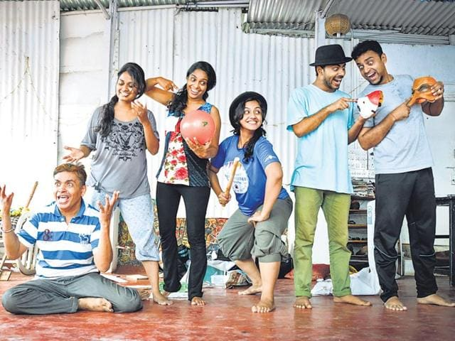 The-hustle-and-bustle-of-Bazar-Road-comes-to-life-through-various-art-forms-in-a-theatre-performance-by-city-based-artistes-HT-Photo