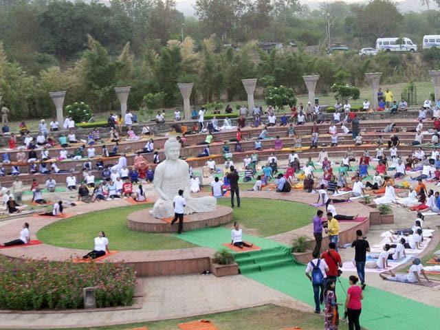 People-perform-Yoga-at-Sukhna-Lake-in-Chandigarh-Gurpreet-Singh-HT-Photo