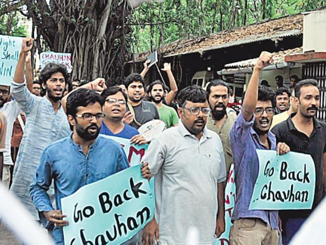 FTII-students-are-demanding-the-cancellation-of-the-appointment-of-Gajendra-Chauhan-as-chairman-a-post-occupied-in-the-past-by-luminaries-such-as-director-Shyam-Benegal-HT-Photo