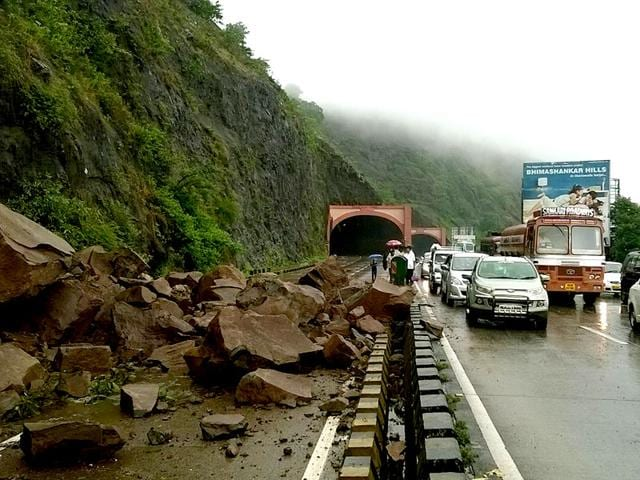 Landslide-caused-by-heavy-rains-blocked-the-busy-Mumbai-Pune-Express-Highway-following-which-the-traffic-was-diverted-via-the-old-highway-route