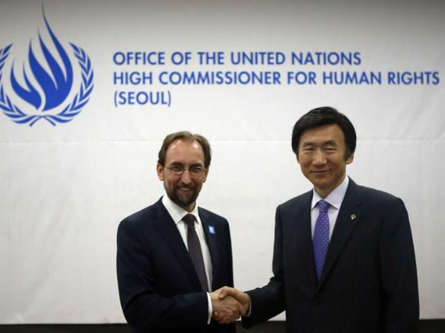 United-Nations-High-Commissioner-for-Human-Rights-Zeid-Ra-ad-Al-Hussein-shakes-hands-with-South-Korean-Foreign-Minister-Yun-Byung-se-R-during-an-opening-ceremony-of-the-office-of-the-United-Nations-High-Commissioner-for-Human-Rights-in-Seoul-AFP-Photo