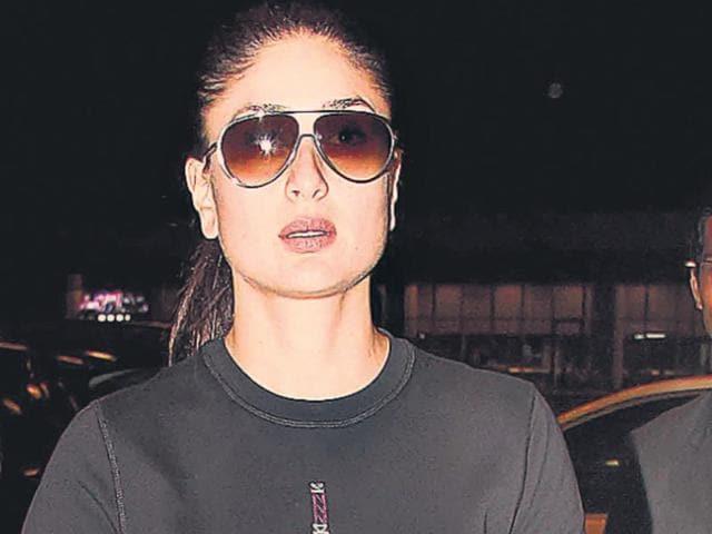 Salman-Khan-and-Kareena-Kapoor-in-a-still-from-Bajrangi-Bhaijaan