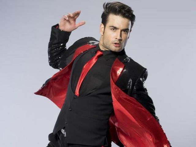 Vivian-Dsena-in-a-promotional-photo-for-Jhalak-Dikhlaa-Jaa-Season-8