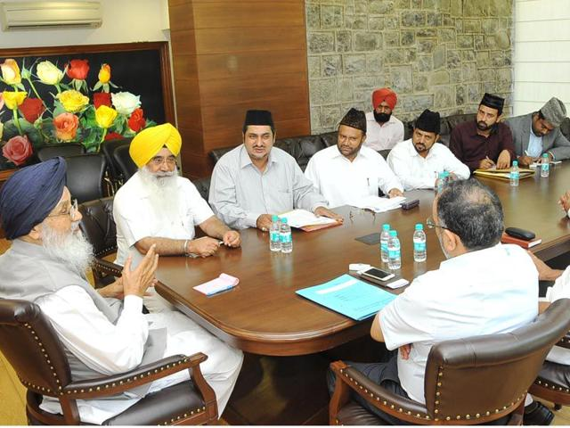 CM-Parkash-Singh-Badal-presiding-the-meeting-during-International-Day-againt-Drug-Abuse-and-Illicit-Trafficking