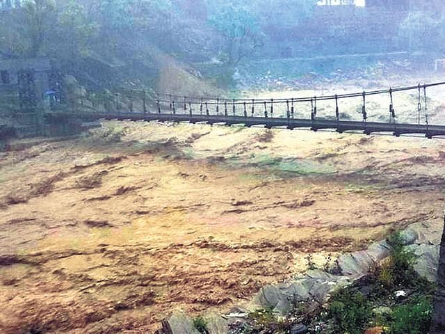The-Mandakini-river-at-Rudrapryag-in-Uttarakhand-swells-on-Thursday-PTI-Photo
