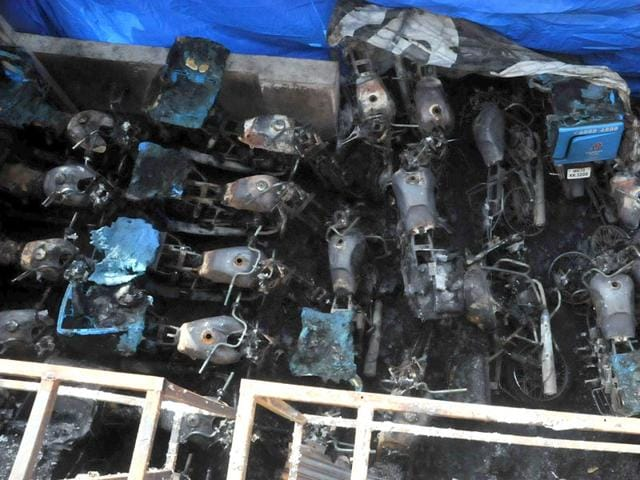 Around-90-vehicles-placed-in-six-different-residential-societies-and-a-commercial-building-at-Pune-s-Sinhagad-road-were-set-on-fire-between-in-the-wee-hours-on-Sunday-HT-Photo