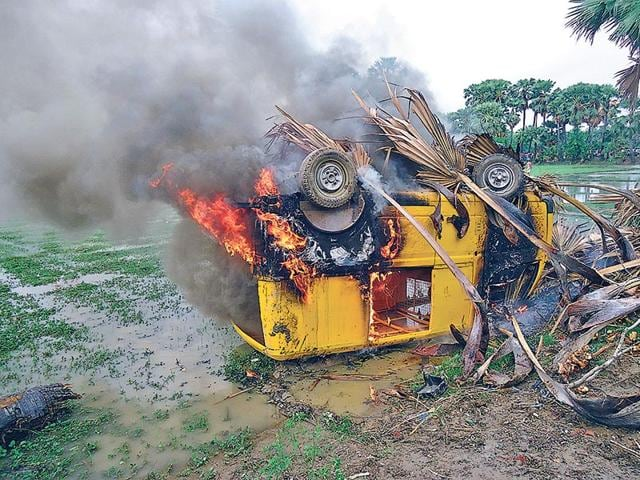 Family-members-of-the-two-deceased-students-set-vehicles-and-school-property-on-fire-in-Nalanda-ANI-Photo