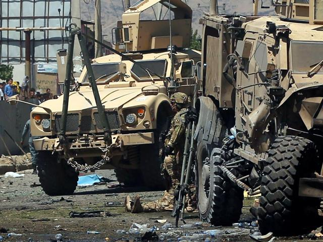 US-soldiers-attend-to-a-wounded-soldier-at-the-site-of-a-blast-in-Kabul-Afghanistan-Reuters-Photo