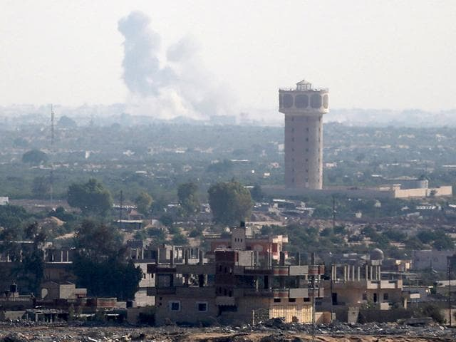 Smoke-rises-in-Egypt-s-North-Sinai-as-seen-from-the-border-of-southern-Gaza-Strip-Islamic-State-militants-have-launched-a-wide-scale-coordinated-assault-on-several-military-checkpoints-in-the-province-Reuters-Photo