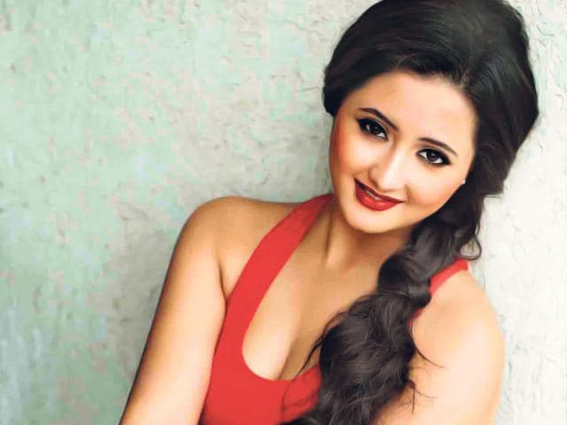 TV-actor-Rashmi-Desai