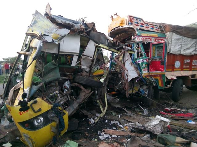 The-site-of-Wednesday-s-accident-in-Khandwa-district-in-which-25-passengers-were-killed-The-district-traffic-police-have-decided-to-install-speed-radar-guns-at-accident-prone-points-HT-photo