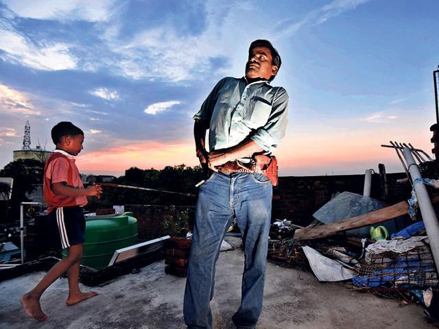Narendra-Yadav-a-journalist-from-Shahjahanpur-UP-Vipin-Kumar-HT-Photo