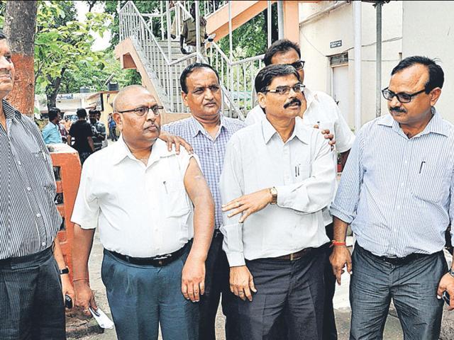 BCCL-civil-engineer-BM-Kumar-who-met-SP-Dhanbad-demanding-security-and-justice-Bijay-HT-Photo