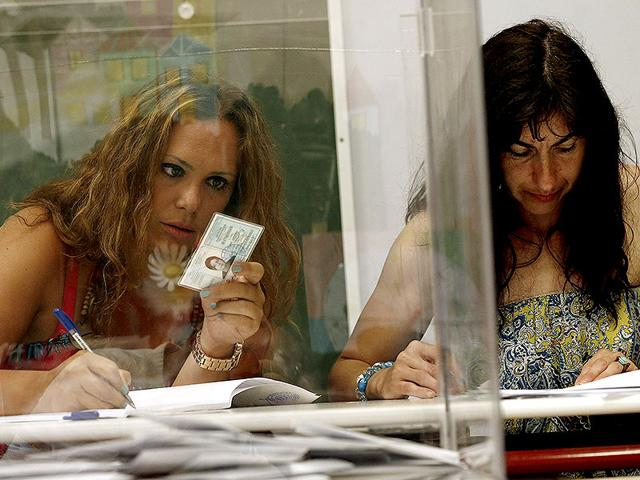 Anti-austerity-No-voters-celebrate-in-Greece-as-the-results-come-in-Reuters-Photo