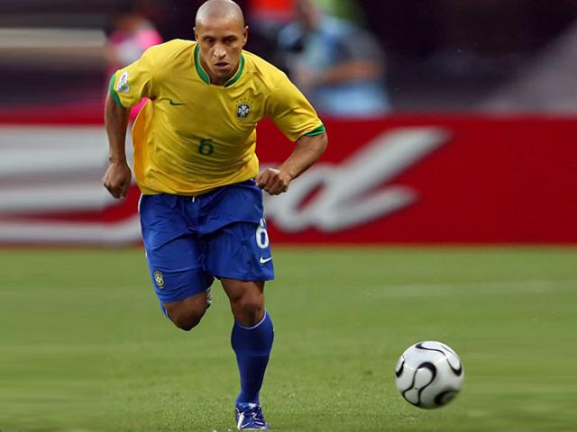 Brazil-s-Roberto-Carlos-in-action-during-the-2006-World-Cup-Group-F-match-between-Brazil-and-Croatia-on-June-13-2006-in-Berlin-Germany-AFP-Photo