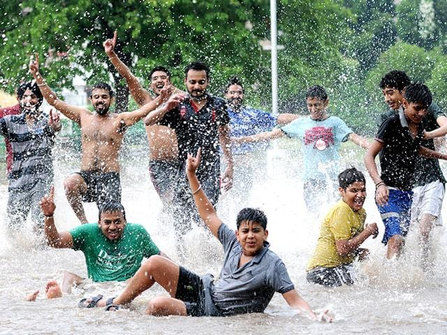 Mohali-s-waterlogged-streets-have-made-it-nearly-impossible-for-people-to-get-to-work-HT-Photo