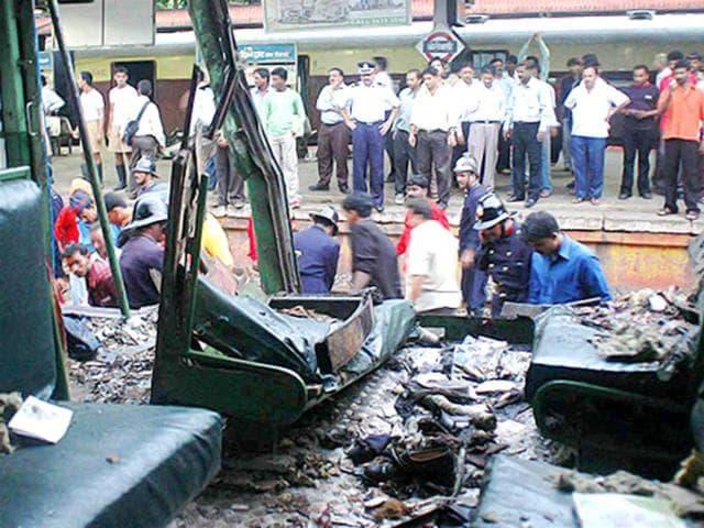7/11 Mumbai train blasts