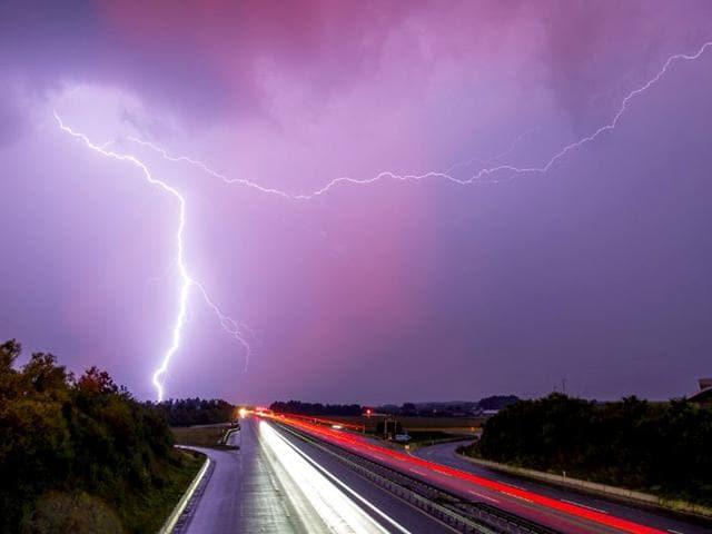 lightning,natural disaster,natural disaster deaths