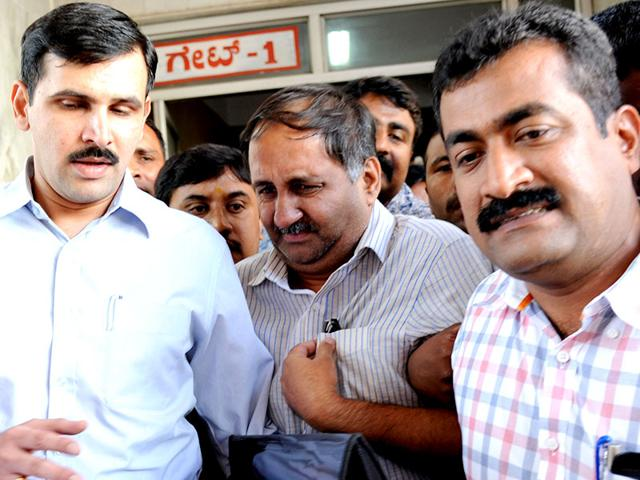 Karnataka-Lokayukta-Y-Bhaskar-Rao-s-son-Ashwin-Rao-has-been-remanded-to-9-days-police-custody-by-the-Special-Lokayukta-Court-He-was-arrested-on-Monday-for-his-alleged-role-in-a-multi-crore-extortion-racket-Kashif-Masood-HT-Photo