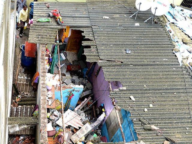 Wall collapse,Navi Mumbai,Nerul