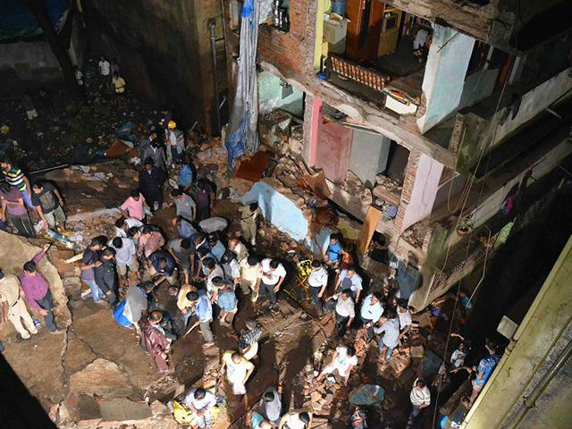 Several-people-were-feared-killed-after-a-three-storey-building-collapsed-in-Thane-HT-Photo