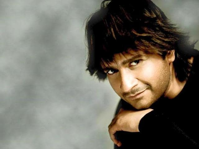KK-is-an-immensely-popular-singer-with-hits-like-Tadap-Tadap-Ke-and-Humko-Pyaar-Hua-under-his-belt-KK-mesmerizer-Facebook