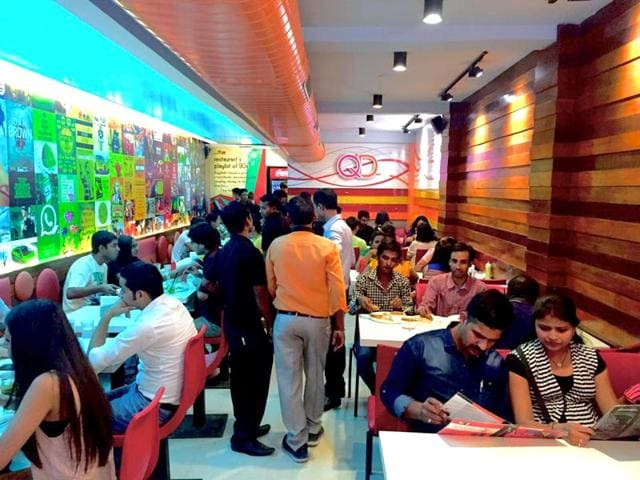 QDs-restaurant-in-Delhi-University-south-campus-famous-for-its-Tandoori-momos-Photo-Facebook-QDs
