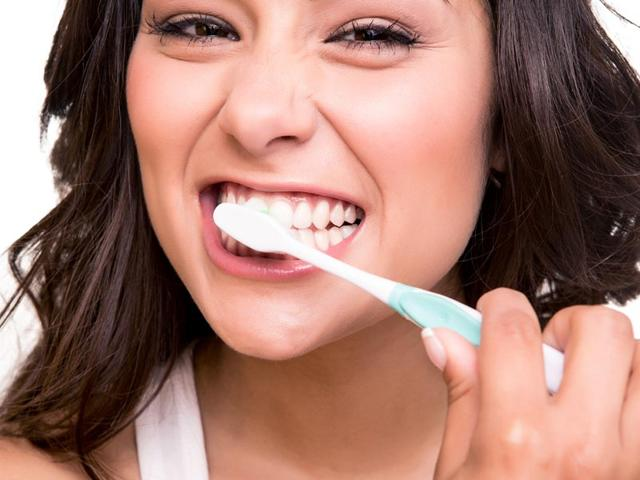 Keeping-your-teeth-healthy-is-very-important-Shutterstock-Image